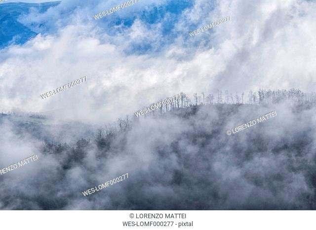 Italy, Umbria, Gubbio, Apennines mountain in winter