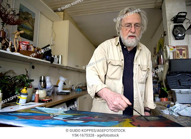 Portrait of the 72 year old Gerard, who is still actively working as a spiritual coach, painter and researcher