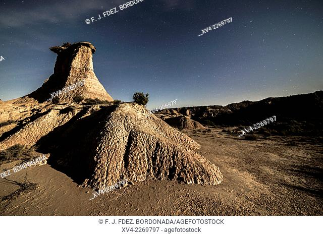 Monegros dryland stepees by night, Jubierre, Castejón de Monegros, Huesca, Aragón, Spain