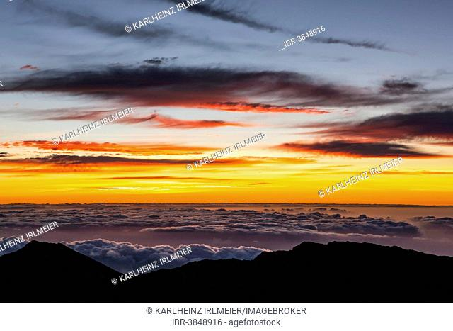 Sunrise at Haleaka Summit, Maui, Hawaii, USA