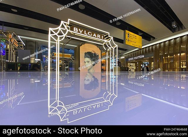Bulgari Boutique, luxury brand, London Airport luxury brand, shop, store. - London/