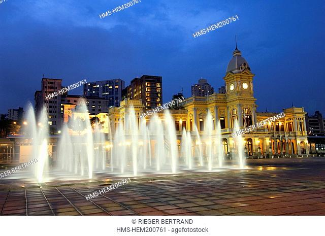 Brazil, Minas Gerais state, Belo Horizonte, Museu de Artes e Oficios Arts and Crafts Museum, the former central train station