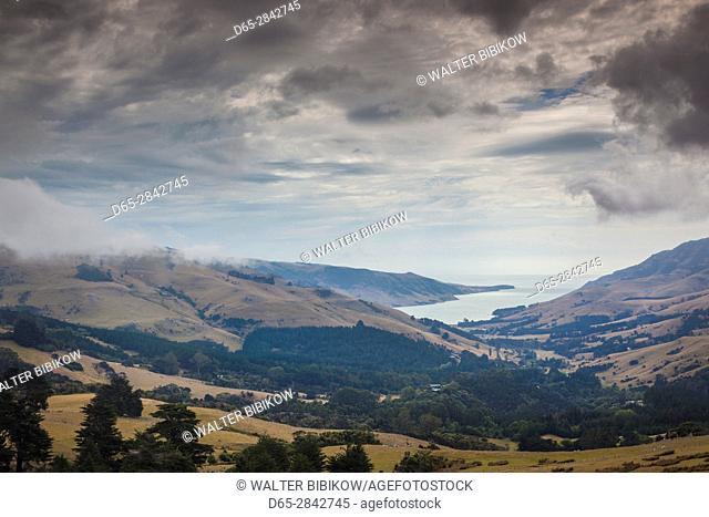 New Zealand, South Island, Canterbury, Banks Peninsula, Akaroa-area, elevated landscape view