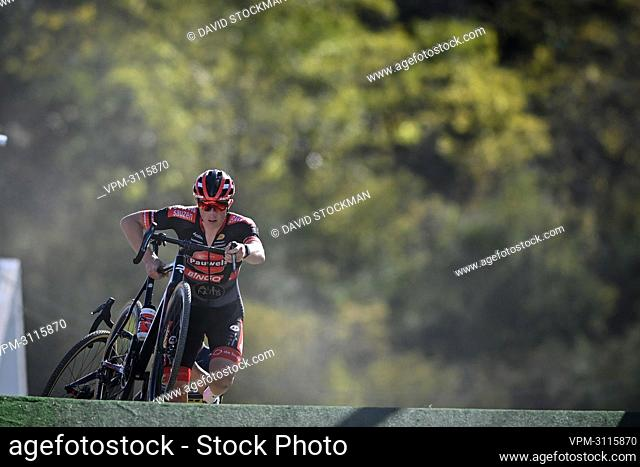 Belgian Toon Vandebosch pictured in action during the men's elite race at the Jingle cross, stage 3 out of 16 in the World Cup Cyclocross, in Iowa City, Iowa