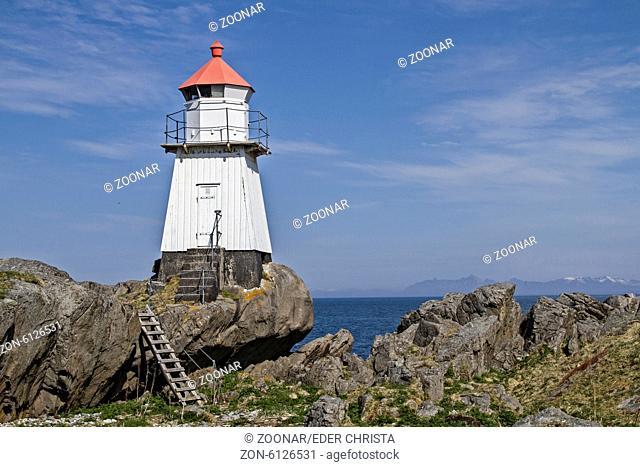 Lighthouse in Gimsoya