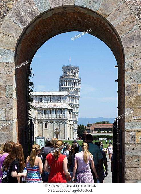 Pisa, Pisa Province, Tuscany, Italy. Archway into the Campo dei Miracoli, or Field of Miracles. Also known as the Piazza del Duomo