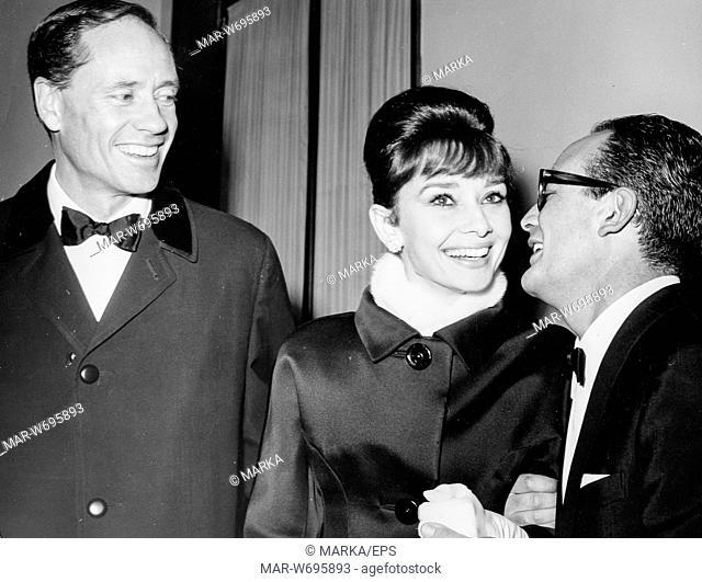 audrey hepburn, mel ferrer, dino de laurentiis, serata di gala per l'anteprima mondiale del film barabba, teatro dell'opera, roma, 1961