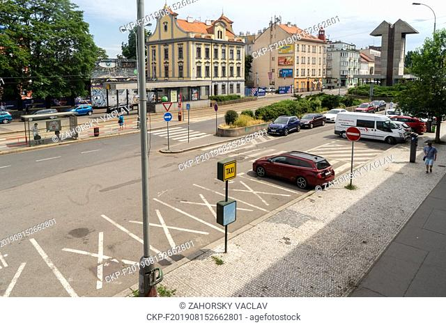 Tram station and area in front of Smichov railway station in Prague (CTK Photo/Vaclav Zahorsky)