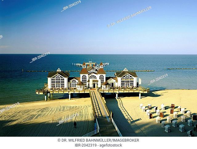 Pier, Sellin, Ruegen, Mecklenburg-Western Pomerania, Germany, Europe