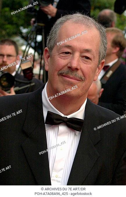 """Denys Arcand Denys Arcand Denys Arcand au festival de Cannes 2003 : premiere du film """"""""les invasions barbares"""""""" Photo: Jacky Godard"""