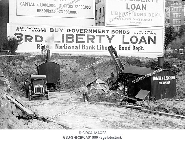 Downtown Construction with Large Billboards in Background, Buy Government Bonds, Washington DC, USA, circa 1916