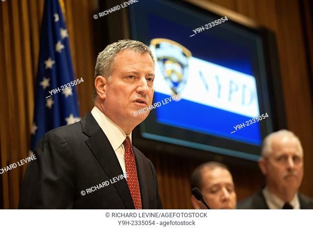 New York Mayor Bill de Blasio briefs the media in One Police Plaza about the ongoing investigation of the assassination of two NYPD officers