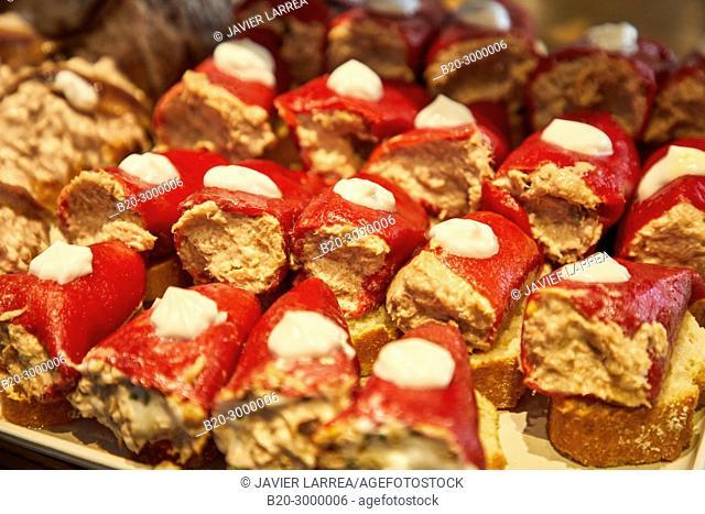 Peppers stuffed with fish, Pintxos, Bar Restaurante Portaletas, Parte Vieja, Old Town, Donostia, San Sebastian, Gipuzkoa, Basque Country, Spain
