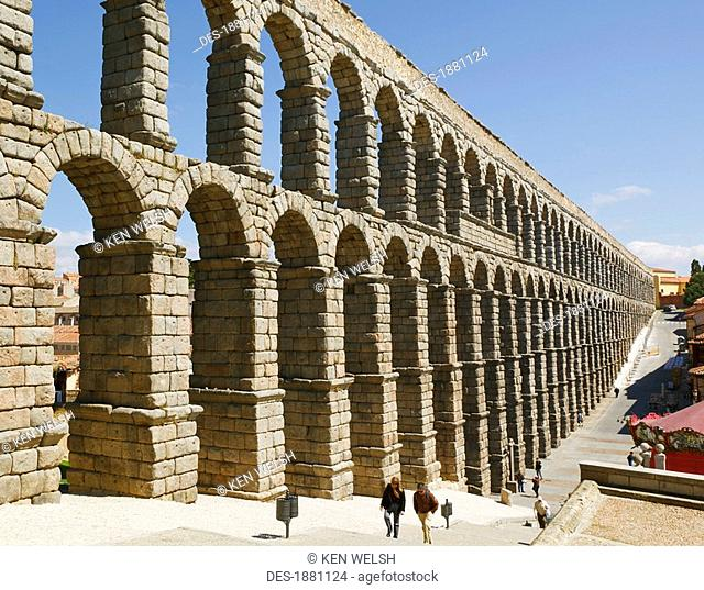 the roman aqueduct a unesco world heritage site, segovia, segovia province, spain