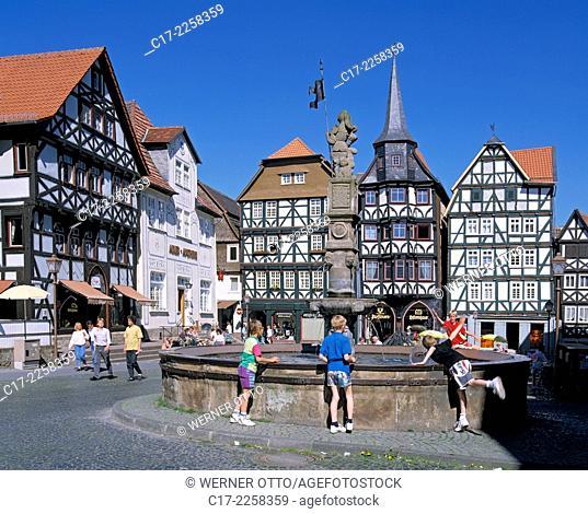 D-Fritzlar, Eder, Westhessisches Bergland, Hessisches Bergland, Hessen, Altstadt, Marktplatz, Fachwerkhaeuser, Kontorsgebaeude, Gildehaus, Fritzlarer Gilde