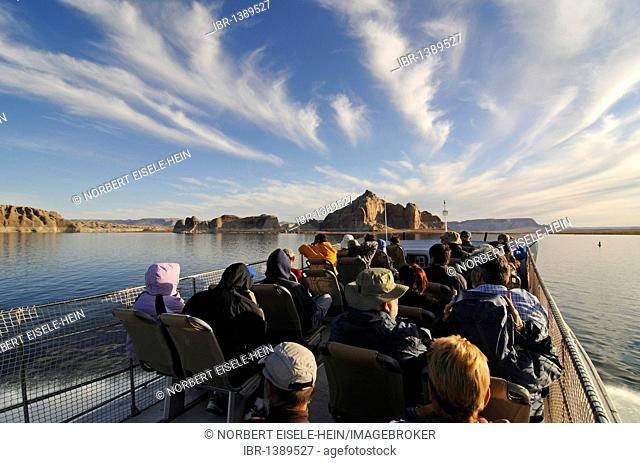 Tour boat, Lake Powell, Glen Canyon, Arizona, United States