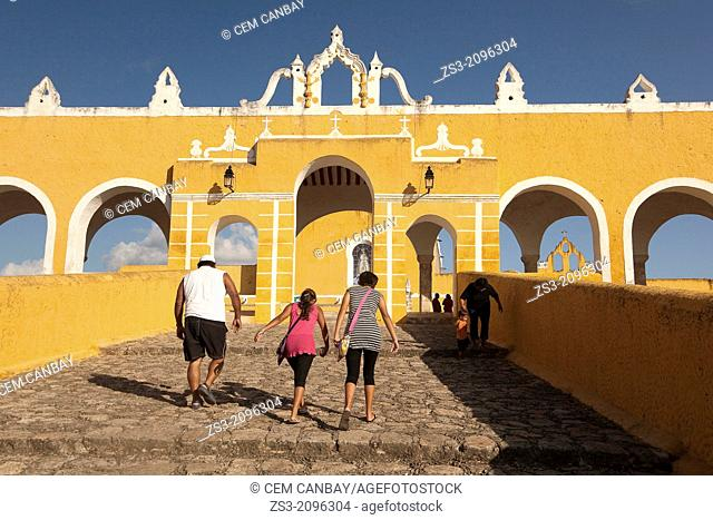 Entrance of the Monastery, Convent Of San Antonio De Padua, Izamal, Yucatan, Yucatan Province, Mexico, North America