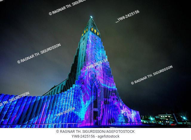 Light show over Hallgrimskirkja Church. The annual winter lights festival, Reykjavik, Iceland