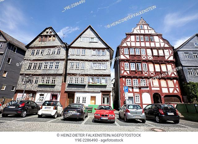 Restored and not yet restored houses, Kornmarkt grain market, historic old town of Herborn, Hesse, Germany, Europe