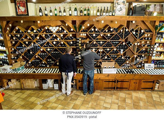 Aux caves de la Cote d'Or, wine shop based in Melun, Seine et Marne, France