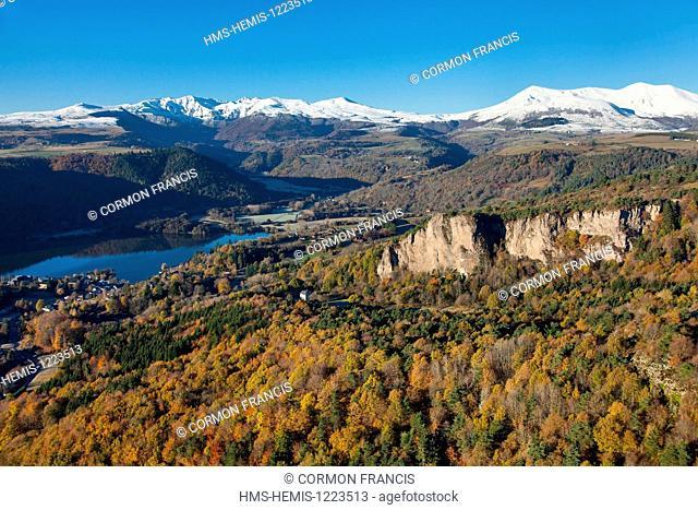 France, Puy de Dome, Parc Naturel Regional des Volcans d'Auvergne (Auvergne Volcanoes Natural Regional Park), Chambon sur Lac , La Dent du Marais