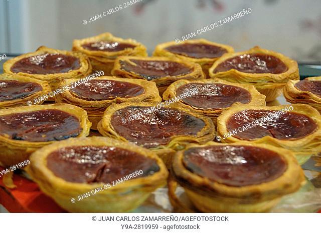 Pastel de cereja, fresh portuguese quality paste with cherry, handcraft; VI Ecoraya, Hispanic Portuguese Fair, Salamanca, Castilla y Leon, Spain