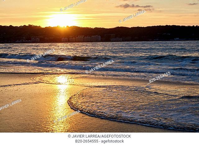Beach, Hendaye, Aquitaine, Pyrenees Atlantiques, France