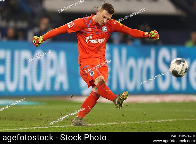 firo: 17.01.2020 Football, 2019/2020 1.Bundesliga: FC Schalke 04 - VfL Borussia Monchengladbach, Gladbach, Borussia Monchengladbach 2: 0 Markus Schubert