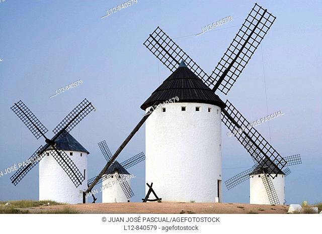 Molinos de viento Campo de Criptana, provincia de Ciudad real, Castilla la Mancha, Spain Ruta de don Quijote
