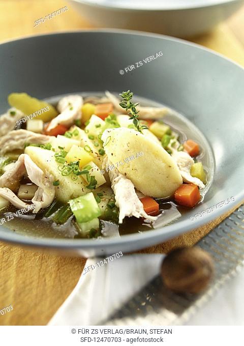 Chicken stew with vegetables and semolina dumplings