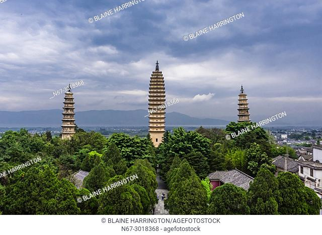 The Three Pagodas, Chongsheng Temple, Dali, Yunnan Province, China. The temple dates from the 9th and 10th centuries