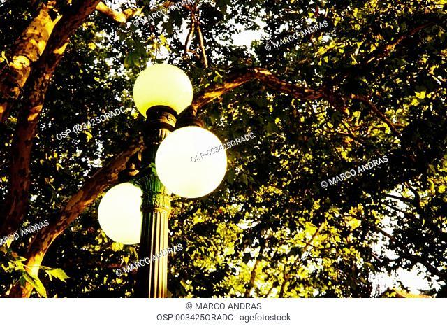a public light illumination pole