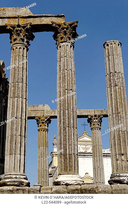 Roman temple (Templo de Diana), Corinthian columns ruins of a temple from the end of the Iind century AD. Evora. Alentejo. Portugal