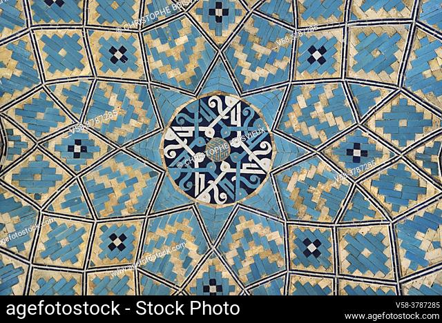 Iran, Yazd, Jameh mosque (Friday mosque), Elaborately decorated cupola