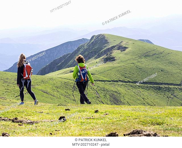 Two women on a hiking tour to Mount Ganekogorta