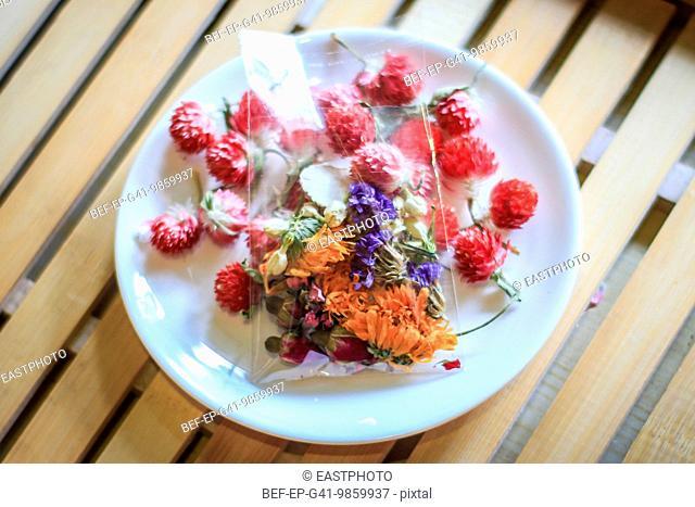 Traditional Chinese medicine (TCM) herbal tea