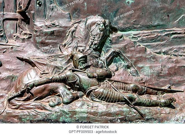 ALEXANDRE DE LEVIS KILLED AT THE ATTACK OF FORT CERBELLON, BRONZE SCULPTURE ON THE SQUARE IN THE TOWN CENTRE, LEUCATE, AUDE (11), FRANCE
