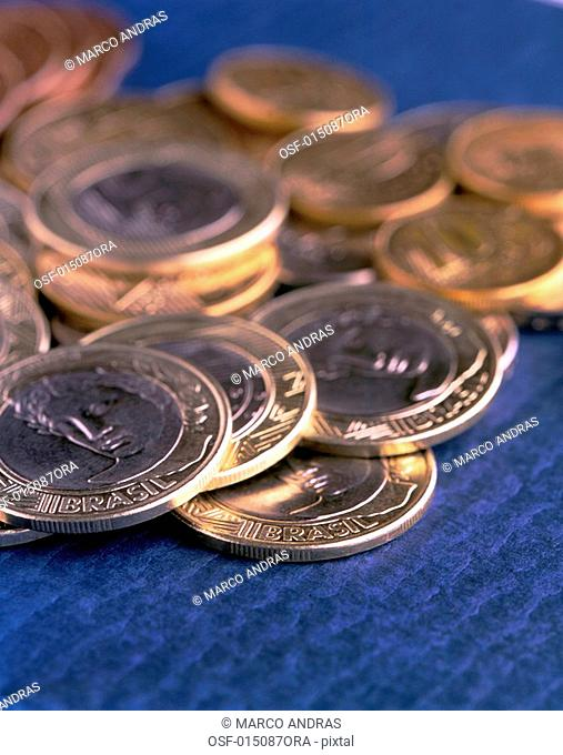 one real coins values on the table