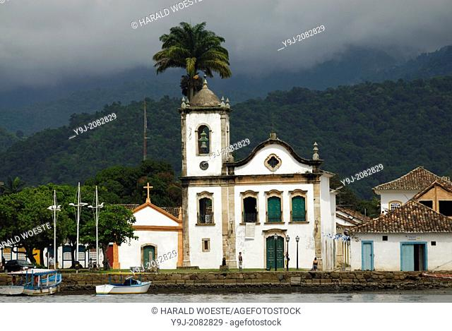 Paraty's oldest church, the Nossa Senhora dos Pardos Libertos (built 1722); Paraty, Espirito Santo, Brazil. --- Info: The beautiful colonial town of Paraty has...