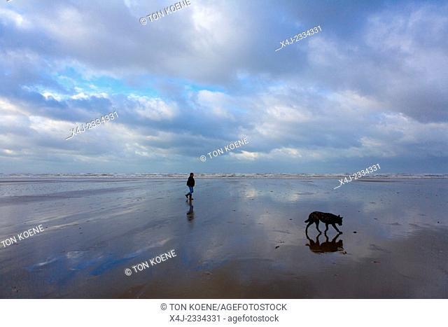 walking on the dutch beach
