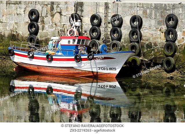 Boat in the harbour of Malpica de Bergantiños - Atlantic coast of Spain - Galicia region