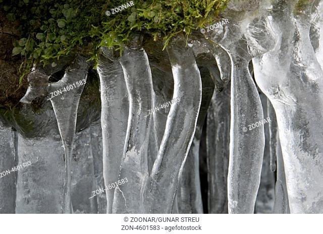 Eisstrukturen im Tal Atndalen, Hedmark Fylke, Norwegen, November 2011