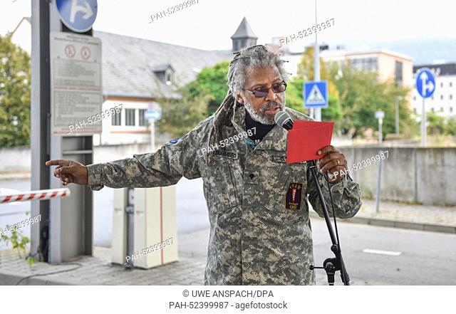 """Vietnam veteran Darnell Stephen Summers rehearses for the """"""""Born with the USA"""""""" festival at the grounds of the former US hospital in Heidelberg, Germany"""