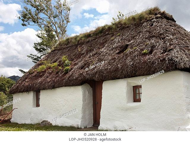 Scotland, Highland, Plockton, A traditional thatched croft at Plockton