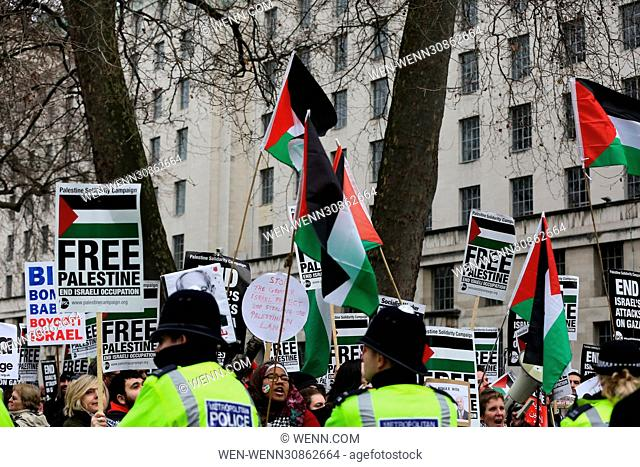 Protesters demonstrate outside Downing Street during Israeli Prime Minister Benjamin Netanyahu's visit to London. Featuring: Atmosphere Where: London