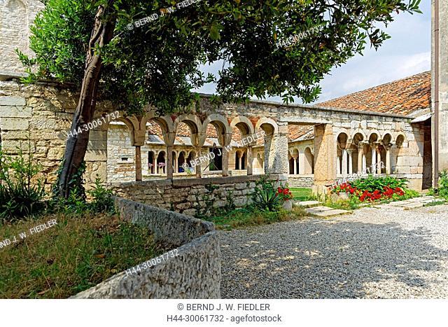 Europe, Italy, Veneto Veneto, San Giorgio, Piazza della Pieve, Pieve Tu San Giorgio di Valpolicella, cloister, architecture, building, church, place of interest