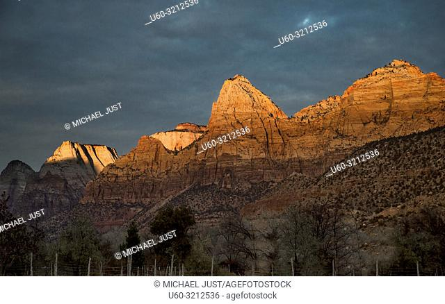 The light from the setting sun casts a brilliant tone at Zion National Park, Utah