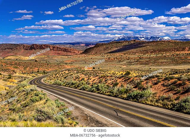 The USA, Utah, Grand county, Moab, Arches National Park, Salt Valley towards La Sal Mountains