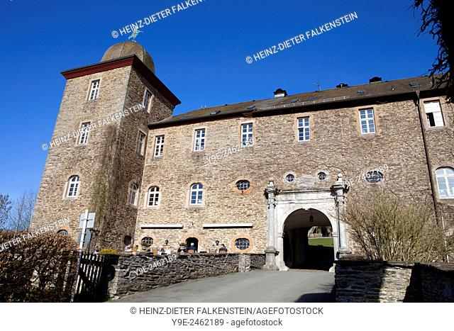 Burg Schnellenberg castle, Hanseatic City of Attendorn, Sauerland region, North Rhine-Westphalia, Germany, Europe