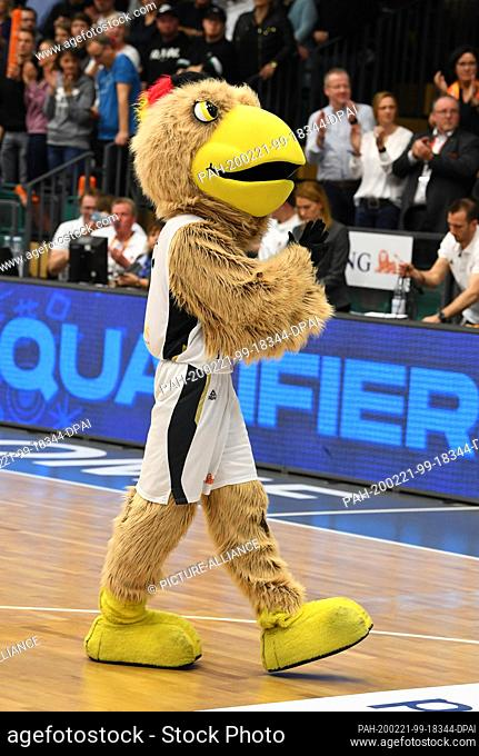 21 February 2020, Lower Saxony, Vechta: Basketball: European Championship qualification, 4th round, Group G, 1st matchday, Germany - France
